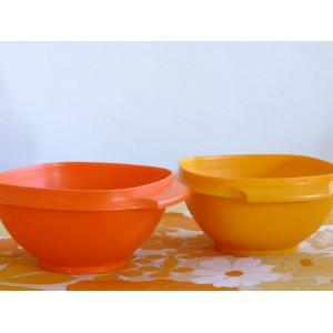 2 bols Tupperware orange...