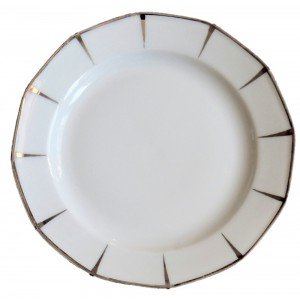 2 Assiettes porcelaine...