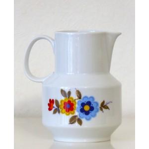 Ancien Pichet porcelaine...