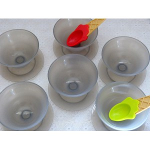 6 Coupes glace Tupperware...