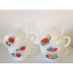 6 tasses Arcopal vintage,...