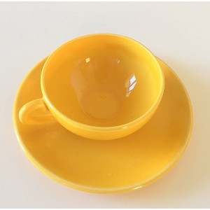 Tasse et soucoupe jaune 60's