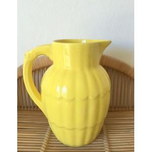 Pichet vintage jaune, festonne