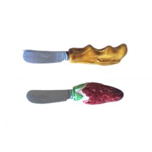Six couteaux de table...