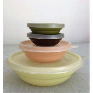Gobelets Tupperware pastel...